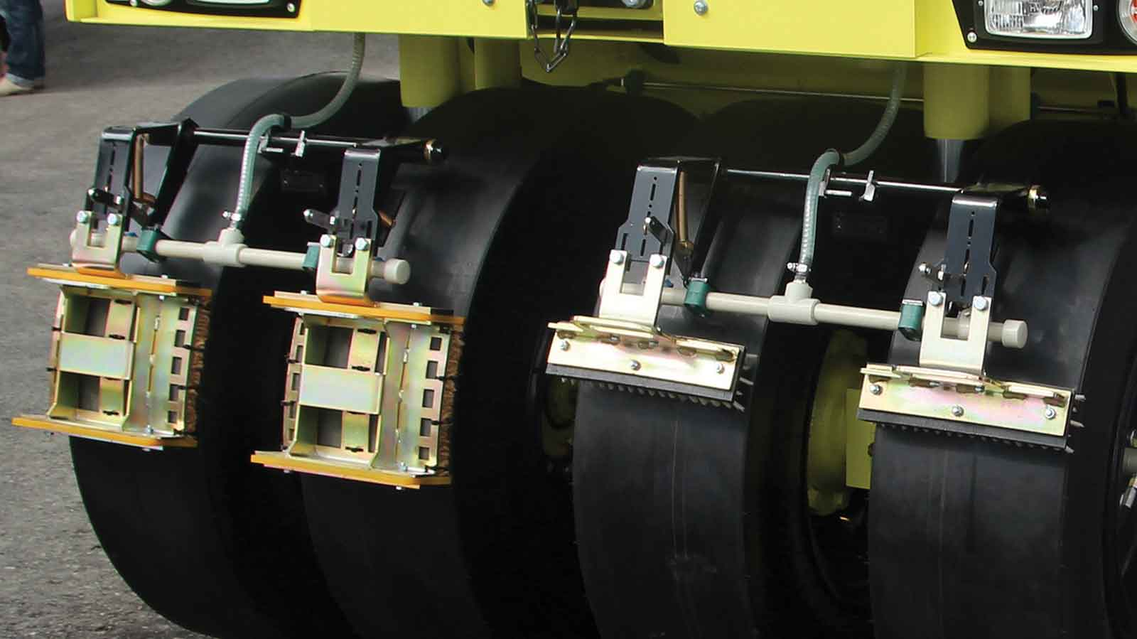 AP 240 – Pneumatic Tyred Rollers