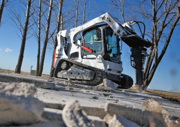 Bobcat_Compact_Track_Loaders_-_T770_1