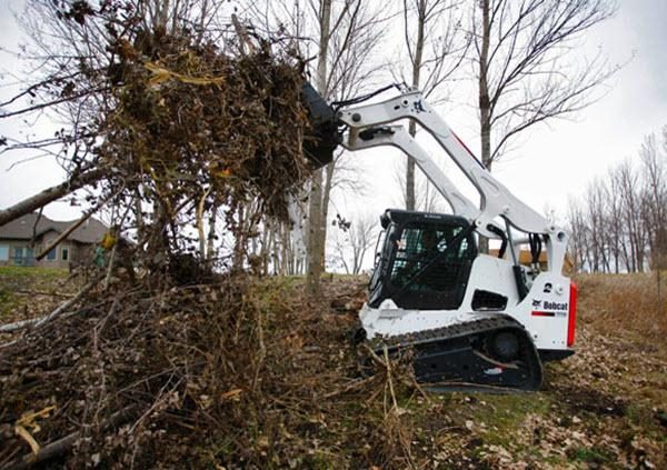 T770 Compact Tracked Loaders