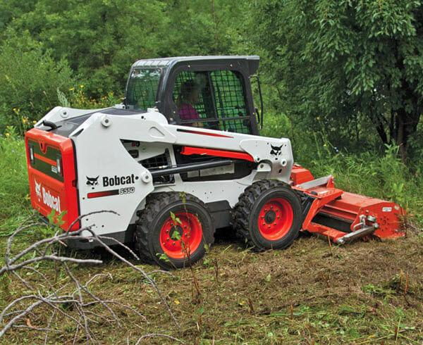 Bobcat_Skid-Steer_Loaders_-_S550_1