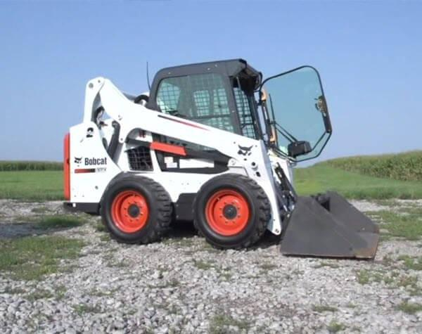 Bobcat_Skid-Steer_Loaders_-_S550_3