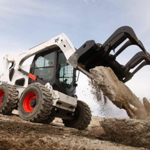 Bobcat_Skid-Steer_Loaders_-_S850_1